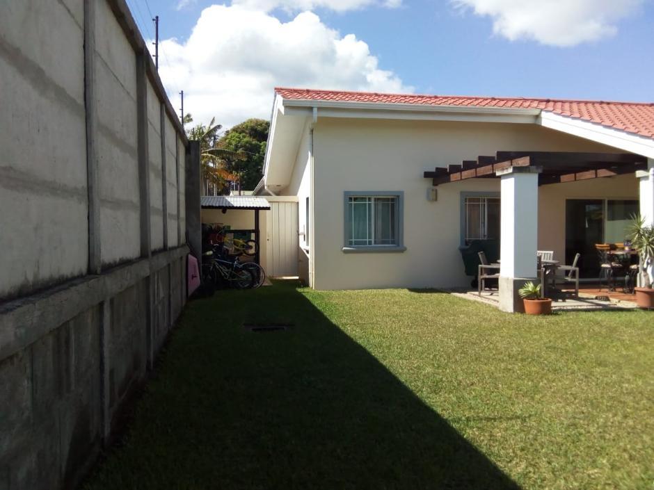 Venta o renta de hermosa casa en carretera a Masaya ID 11814