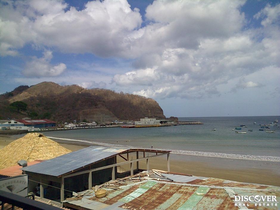 Apartamento Frente a la Playa de venta San Juan del Sur.