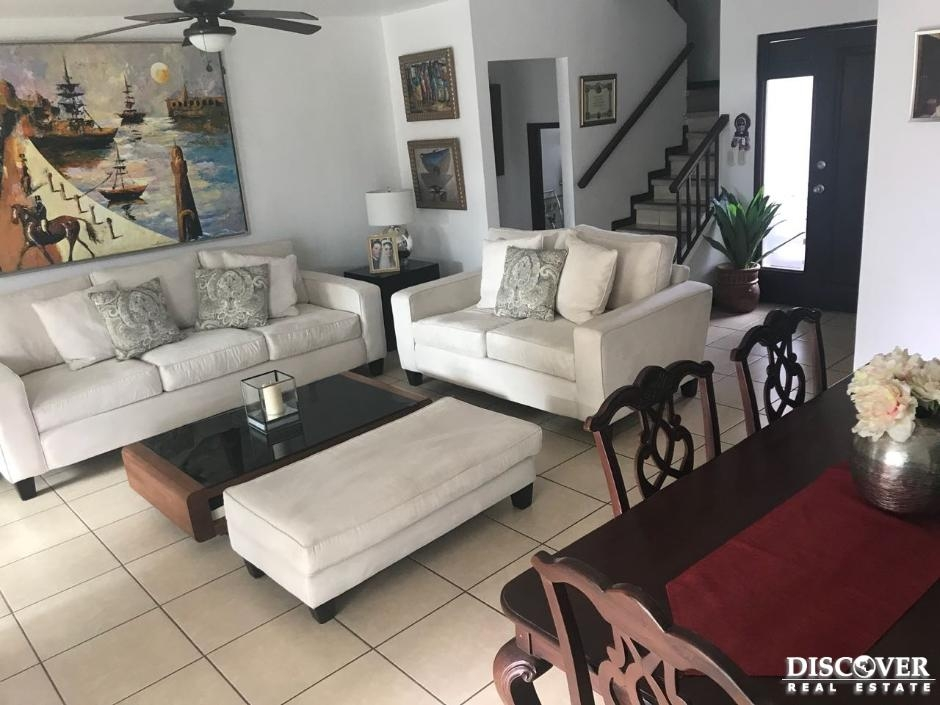 Casa en venta en Cumbres de las Colinas