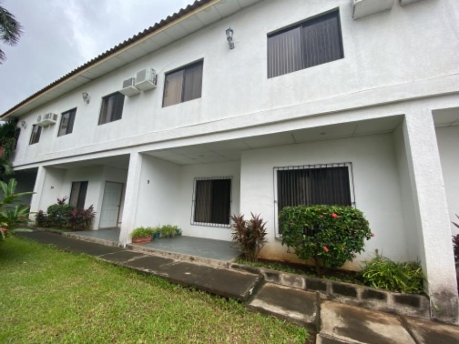 Complejo de Apartamentos Renta/Venta, Los Robles
