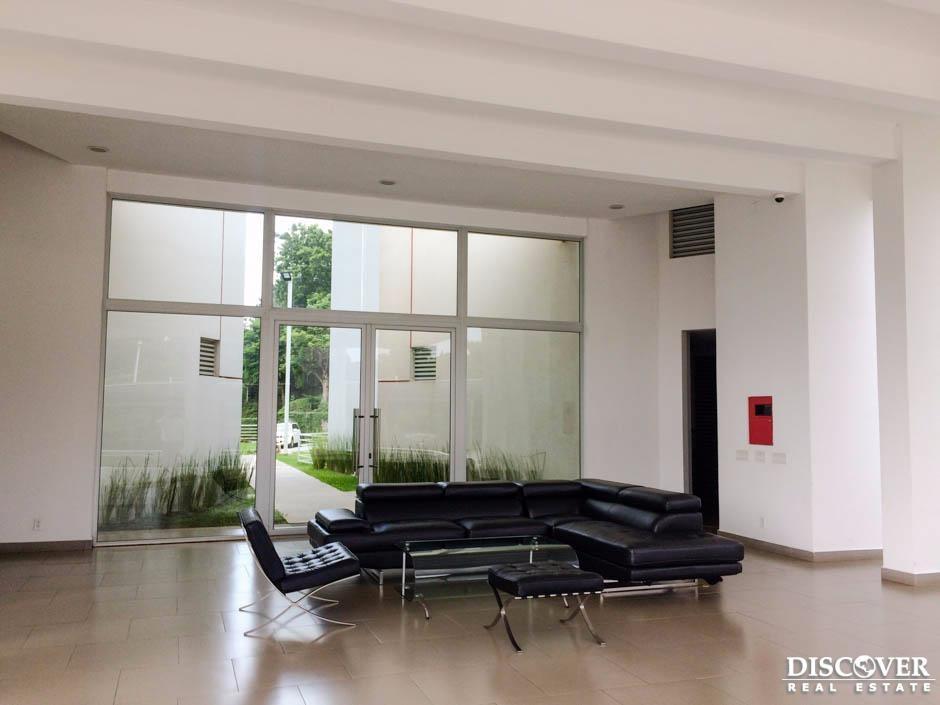 Apartamento en renta ubicado en Pinares de Santo Domingo