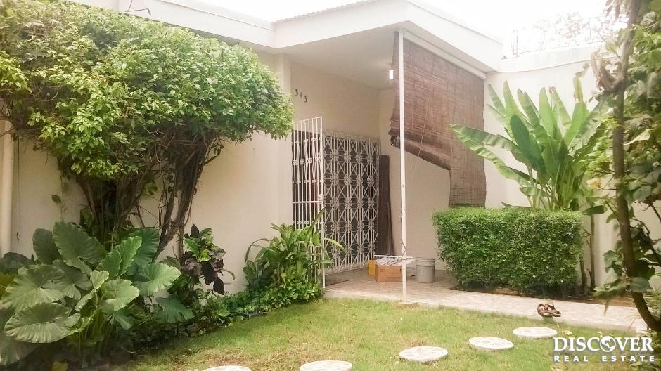 Casa en alquiler en Bosques de Altamira Managua