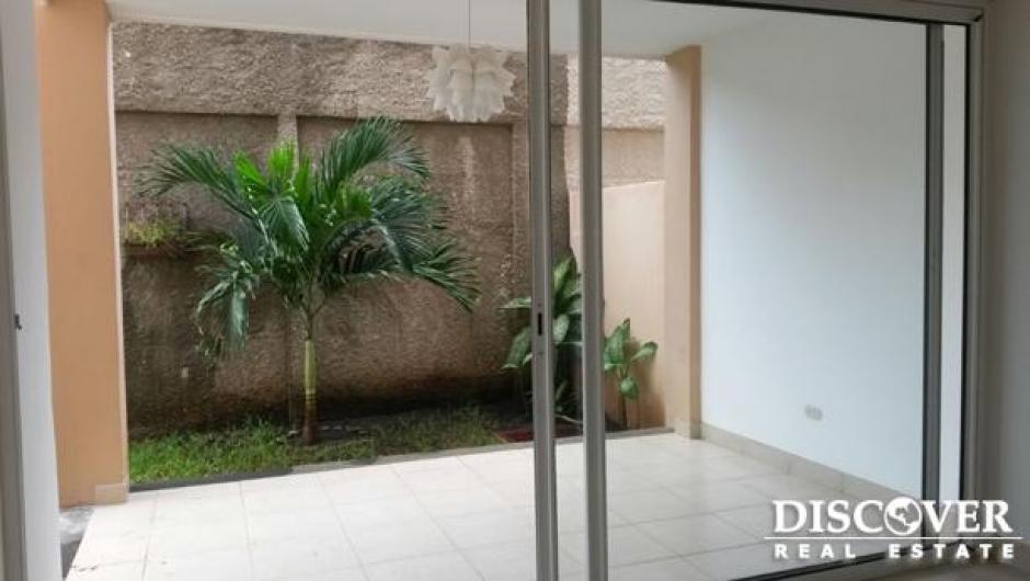 Lujoso Apartamento en condominio en renta y venta en Las Colinas