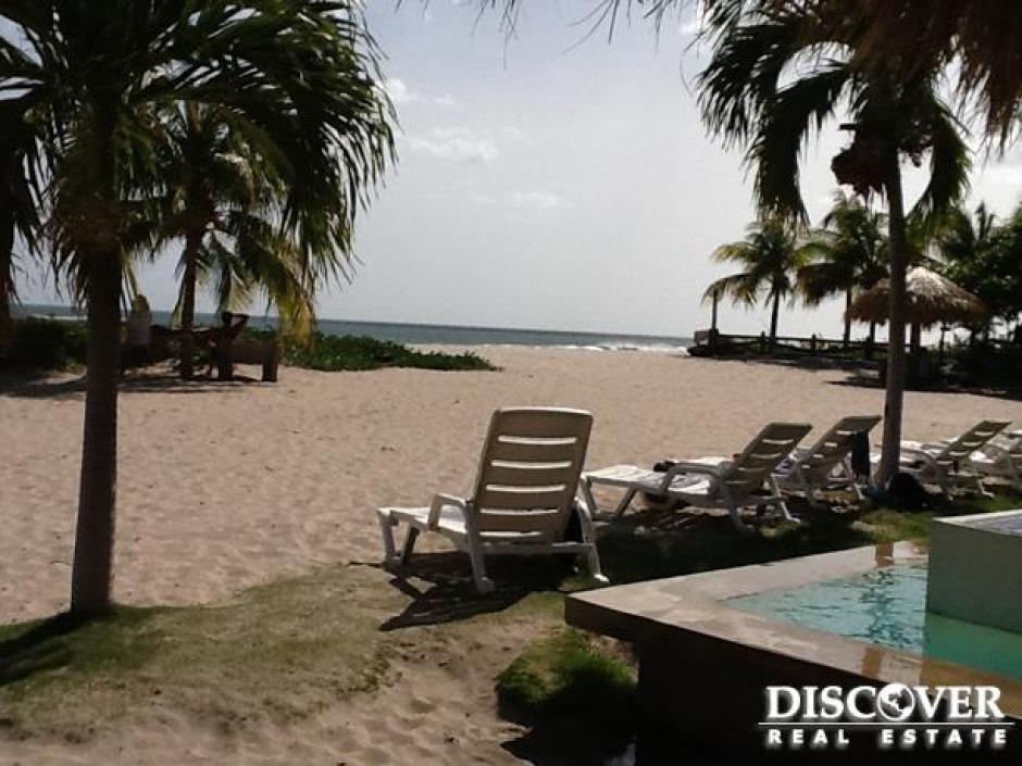 Lotes de Playa ubicados en Iguana Beach,Tola
