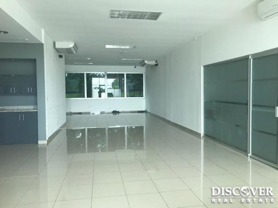 Edificio Moderno de Oficinas en Renta y Venta en Las Colinas Managua