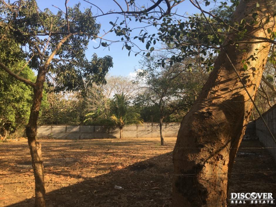 Se vende excelente terreno en Residencial Campo Bello.