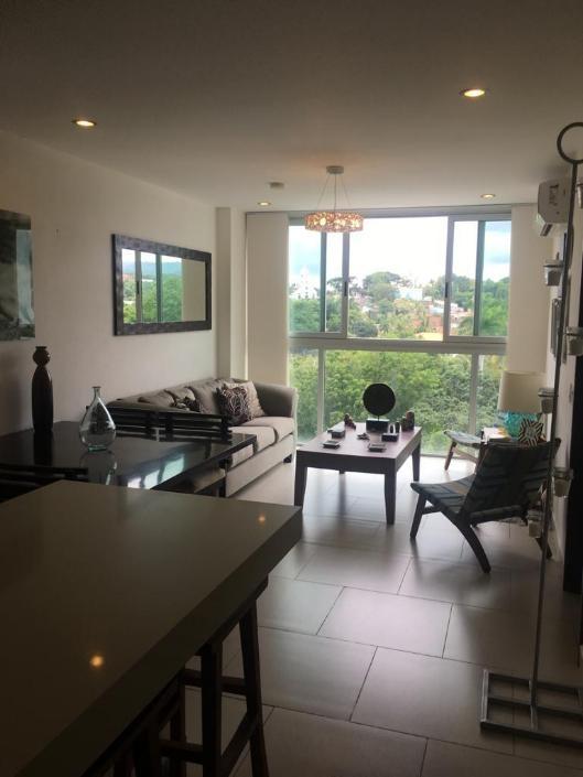 Apartamento Semi Amueblado en Altos de Santo Domingo