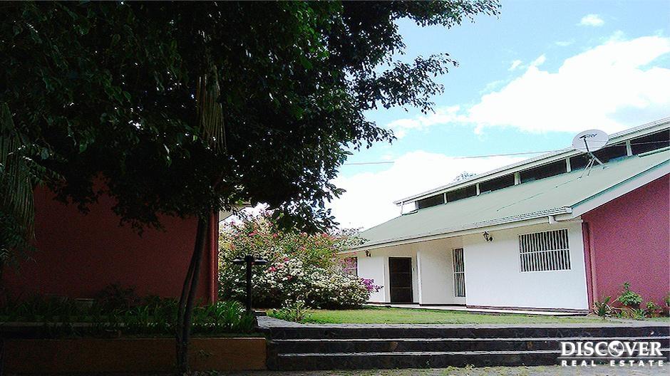 Alquiler de apartamento en reparto San Juan.