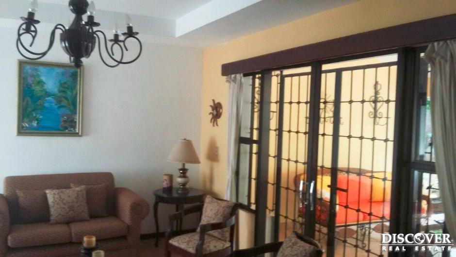 Bonita casa con opcion de alquiler o venta ubicada en carretera Masaya