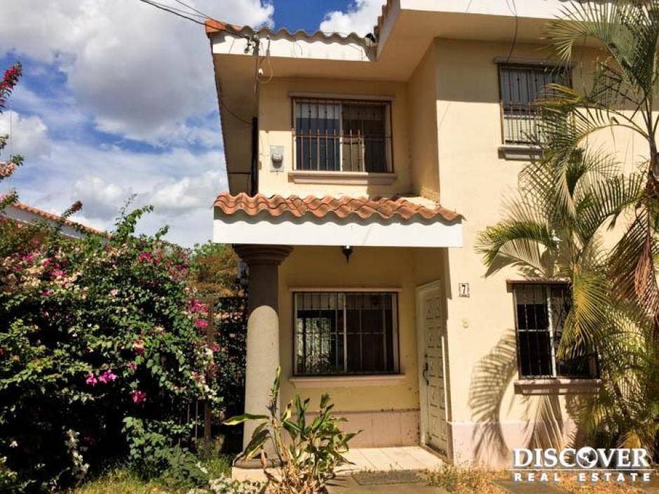Casa en venta ubicada en Villa Fontana Sur.