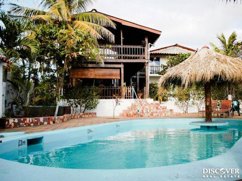Se vende lindo Hotel frente al mar de Pochomil