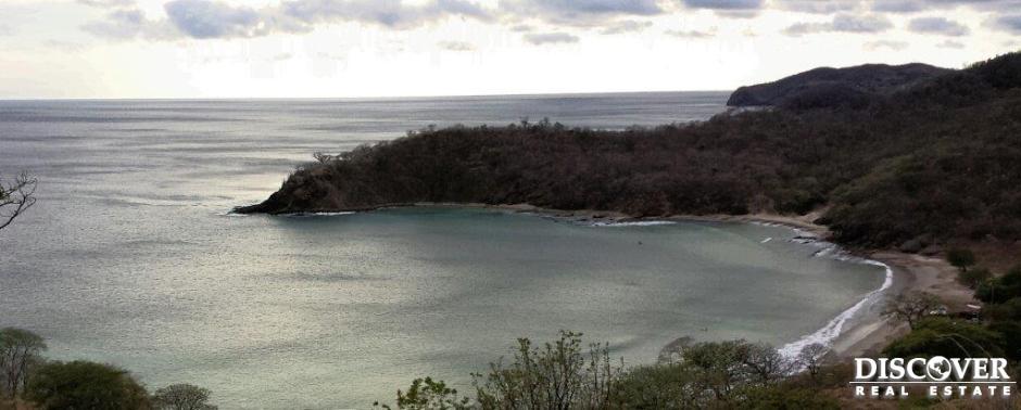 Terreno con Vista al Océano en Playa Remanso!