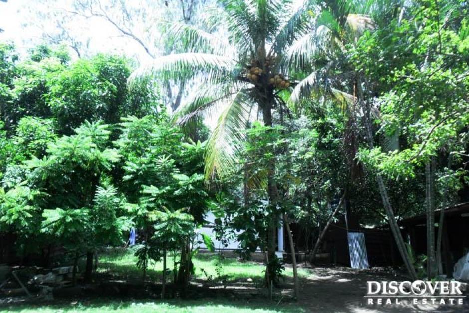Se vende terreno con casa ubicado en Carretera Masaya.