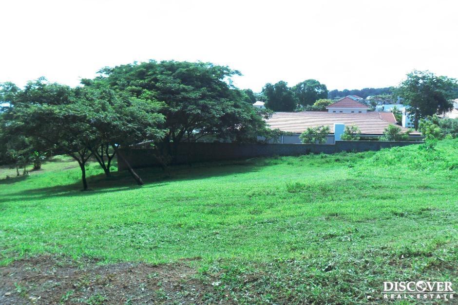Terreno en venta ubicado en Urbanizacion Montecarlo.